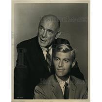 1964 Press Photo Dean Jagger Mr Novak James Franciscus - RSL93187