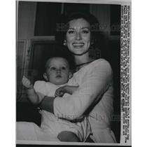 1960 Press Photo Actress Suzy Parker & daughter Georgia Belle - RSL78337