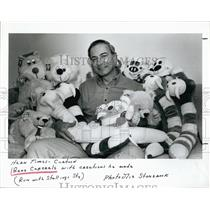 1987 Press Photo Gene Caporale and some of his stuffed animal creations