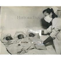 1947 Press Photo Mrs.Joseph L' Haureaux born triplets girls - RSH19943