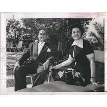 1958 Press Photo Alvin Delvalle Consul General Panama Sister Vera Skyway Motel
