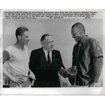 1967 Press Photo Tommy Davis, New York Mets, Bud Harrelson, Casey Stengel
