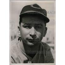 1940 Press Photo Joseph Mack Rookie Infielder Cincinnati Reds Spring Training