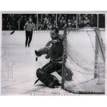 1963 Press Photo Glen Hall, Chicago Blackhawks Goalie