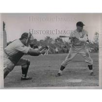 1937 Press Photo Senators Ben Chapman at Bat Shanty Hogan