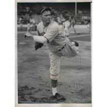 1938 Press Photo Theodore Kleinhans Rookie Pitcher Cincinnati Reds Training Camp