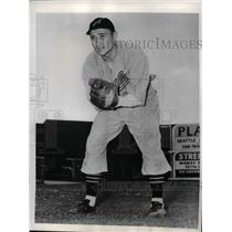 1941 Press Photo Jake Powell Outfielder San Francisco Seals Minor League Player