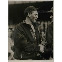 1934 Press Photo Marty McManus on the baseball field