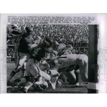 1961 Press Photo 49er QB Bob Waters, Rich Mostardi, 24, Vikings - nea10526