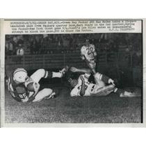 1961 Press Photo Packer Max McGee touchdown vs NY Giants Lee Riley, J Patton