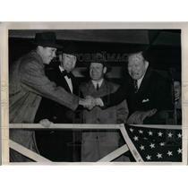 1940 Press Photo Tx Carlton, Jh Cashmore Manage Leo Durocher Brooklyn Dodgers