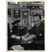 1935 Press Photo Ted Husing, Sportscaster - nea09829