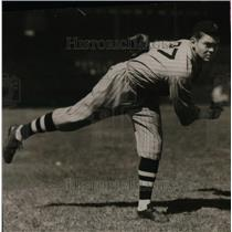 1933 Press Photo Baseball pitcher Ralph Winegarner for Tolesdo - nea08964