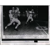 1955 Press Photo All Star Quarterback Dave Leggett OSU against Browns