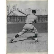1930 Press Photo Gus Suhr, first baseman of the Pittsburgh Pirates. - nea11758