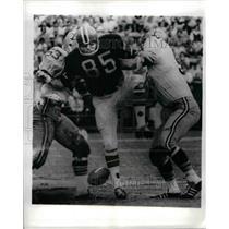 1970 Press Photo Falcons Paul Flatley vs Saints Dick Abeler, Jackie Durkett