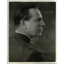 "1931 Press Photo Actor Charles Webster In ""Radio Guild"""