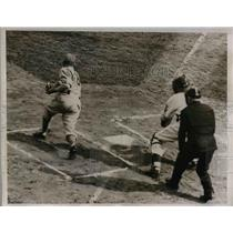 1938 Press Photo Boston Bees Warstler Singles To Right Field In 1st Hit Of Game