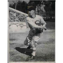 1933 Press Photo John Wilson, trying out as pitcher for White Sox - nea07674