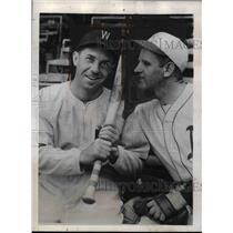 1941 Press Photo Cecil Travis Lester McCrabb Washington Senators - nea08322