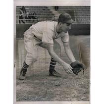 1938 Press Photo Giants Rookie Bill Nowak