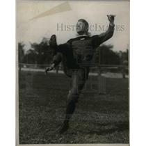 1923 Press Photo Percy Henkins Harvard Half Back Football Player