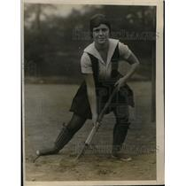 1926 Press Photo Savage High School Hockey Star Dorothy Nicoll Of New York City
