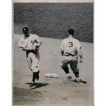 1938 Press Photo Senators Zeke Bonura safe at 2nd vs NY Yankees - nea07637