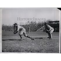 1935 Press Photo Dodger catcher Fred Maass at spring training