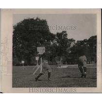1922 Press Photo Colgate University Uses New Device To Perfect Forward Passing