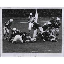 1956 Press Photo Chciago Bears Rick Casares Scores TD Vs 49ers Bears Won 31-7