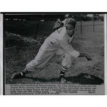1953 Press Photo Star High School Pitcher Chuck Bauer Has One Year - nea21597