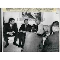 1963 Press Photo Paul Hornung, attorneys John Young Brown, Jr., C. Duvall