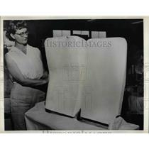 1958 Press Photo Urethane Foam cemented to the seat back frames