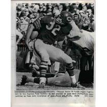 1966 Press Photo Chicago Bears Fullback Ralph Kurek Fumbles Over LA Rams Tackler
