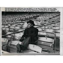 1958 Press Photo Coach Jim Lee Howell in a deserted Yankee Stadium