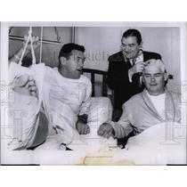 1963 Press Photo San Francisco 49ers Bob St Clair recovering Achiles tendon