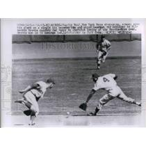 1963 Press Photo NY Mets Shortstop Charlie Neal Misses Catch