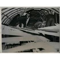 1939 Press Photo Interior off wrecked Boeing Stratoliner