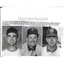 1966 Press Photo Camilo Pascual and Bernie Allen of Senators , Ron Kline