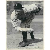 1934 Press Photo Chicago Cubs Pitcher Richard Ward, Spring Training - nea43115