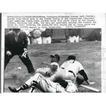1960 Press Photo Wes Covinton Milwaukee Braves Giants Sam Jones UMP