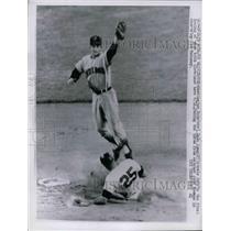 1962 Press Photo Washington Senators Dale Long Cleveland baseball Game