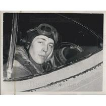Press Photo Flight Lieut. L.M. Whittington