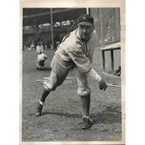 1936 Press Photo Robert Reis Pitcher Boston Bees Spring Training Camp MLB