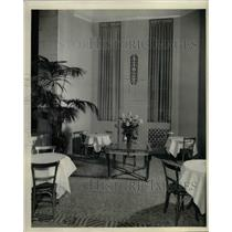 1931 Press Photo Corner view of main lobby of NY Waldorf Astoria hotel