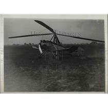 1930 Press Photo Jimmy Ray Piloting White Plane
