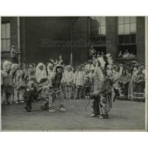 1927 Press Photo Indians Entertaining Crippled Children at Rosemary Hospital
