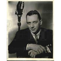 "1936 Press Photo Ted Hammerstein in ""Hammerstein Music Hall"", Master of Ceremony"