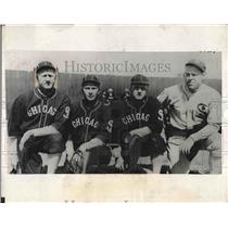 1932 Press Photo Veterans White Sox Training Camp